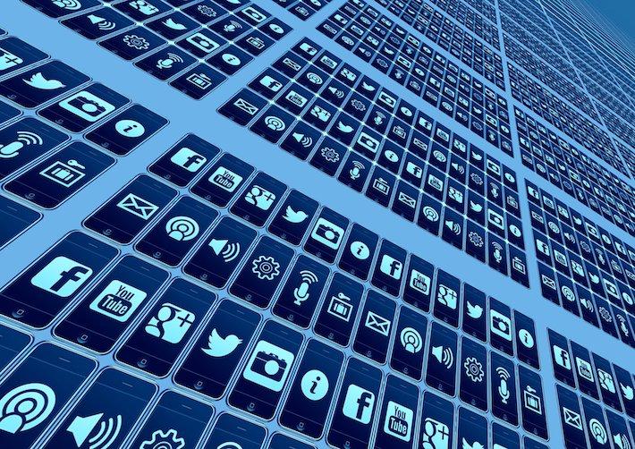 Sociálne siete sľubujú zakročiť proti Covid-19 dezinformáciám