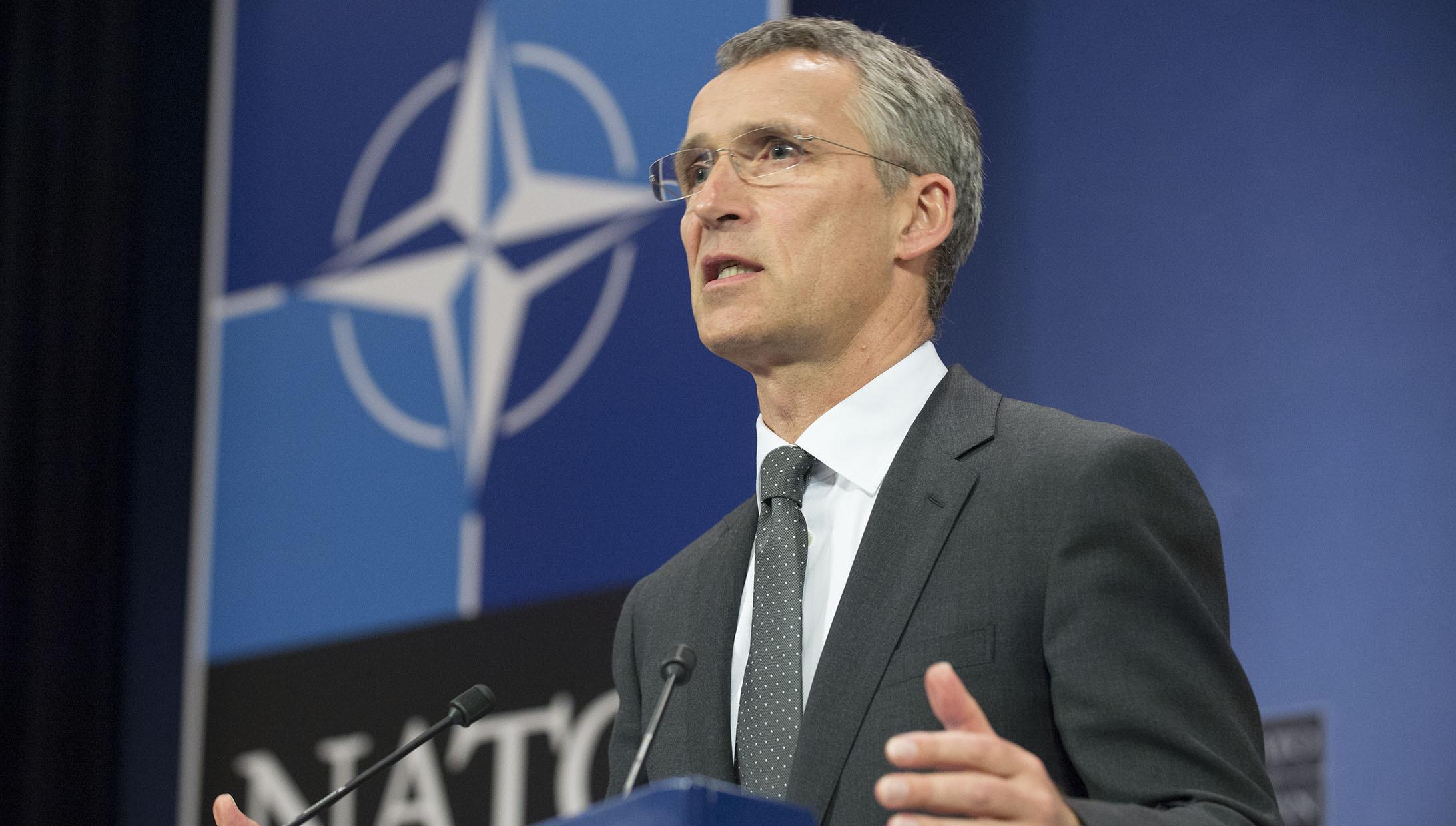 Mýty o NATO