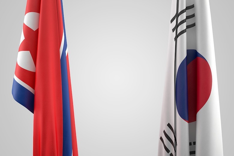 V Kórei sa vrátili o sto rokov späť: Ostreľujú sa letákmi a špakmi